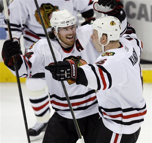 Blackhawks Beat Kings 3-2