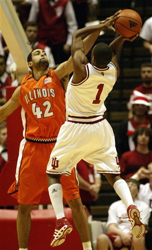 Illinois Loses to Indiana 65-61