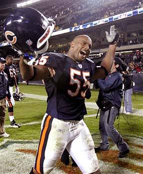 Lance Briggs Gets Franchised by Bears