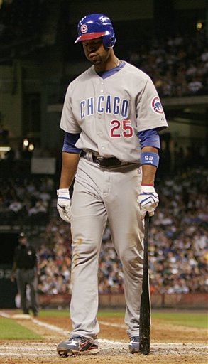Derrek Lee in a Cubs Loss to Houston Astros