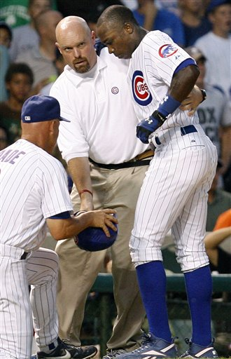 Alfonso Soriano Leaves CubsInjured
