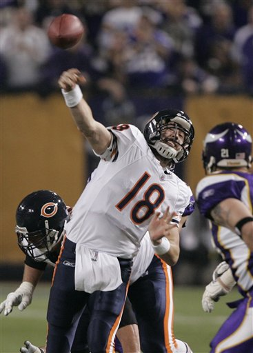 Kyle Orton starts for Bears on Monday night